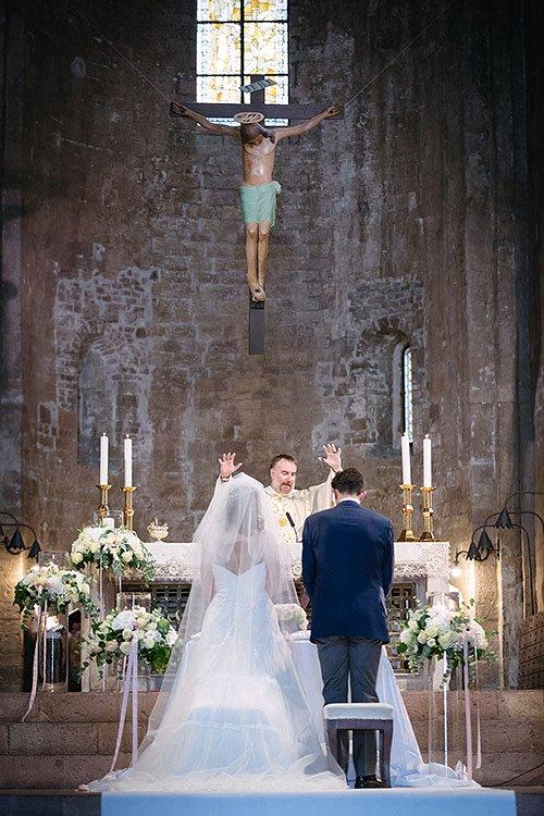 Chiesa di San Pietro di Assisi - Italy Wedding Storytellers